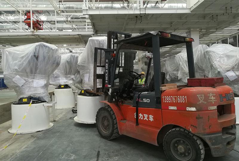 广汽宜昌分公司焊装车间设备安装、上模